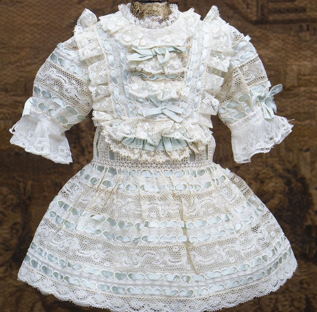 Старинное платье
