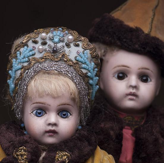 Две русские куклы