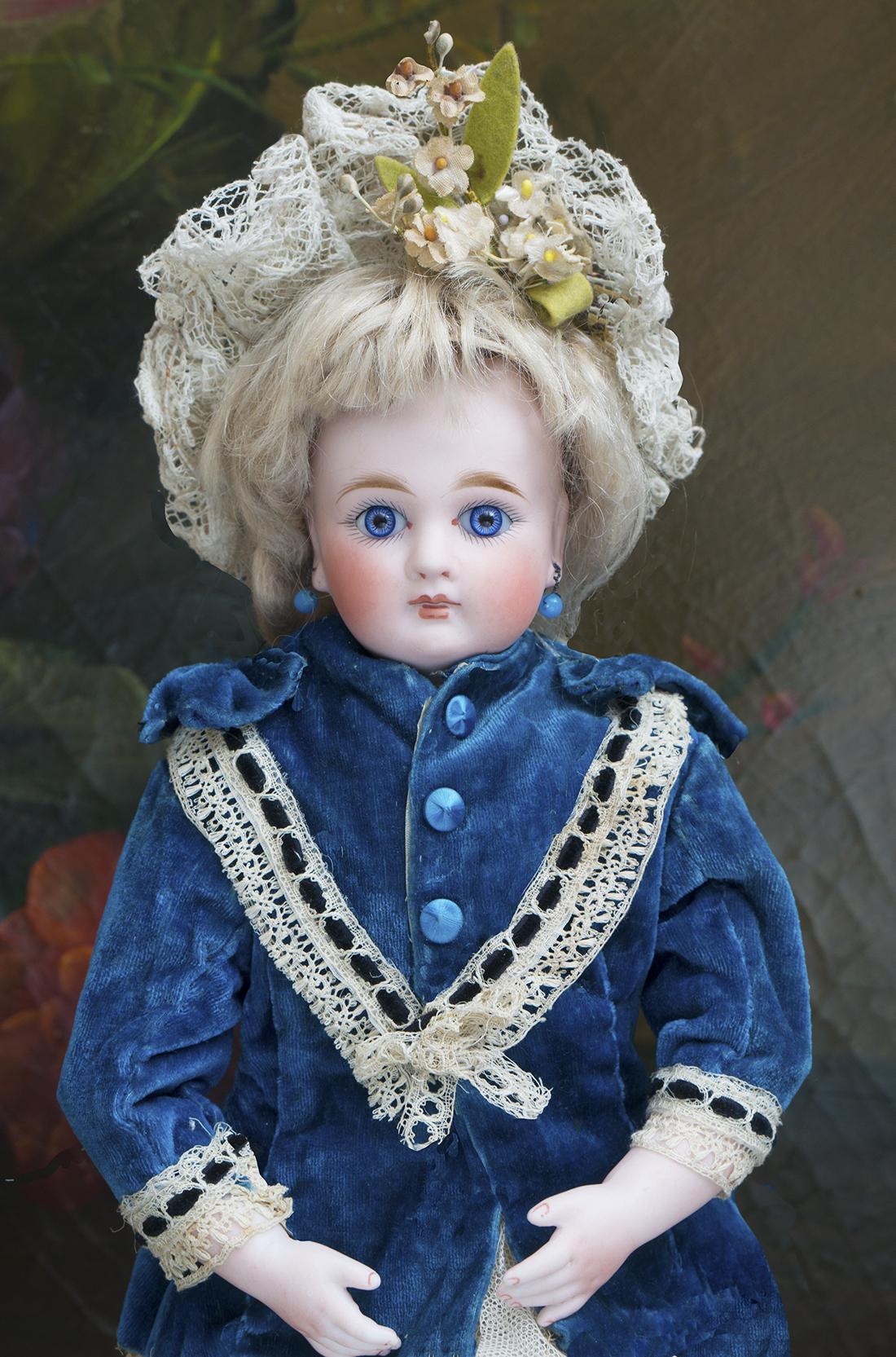Куколка Кестнер с фарфоровым  руками,  31 см