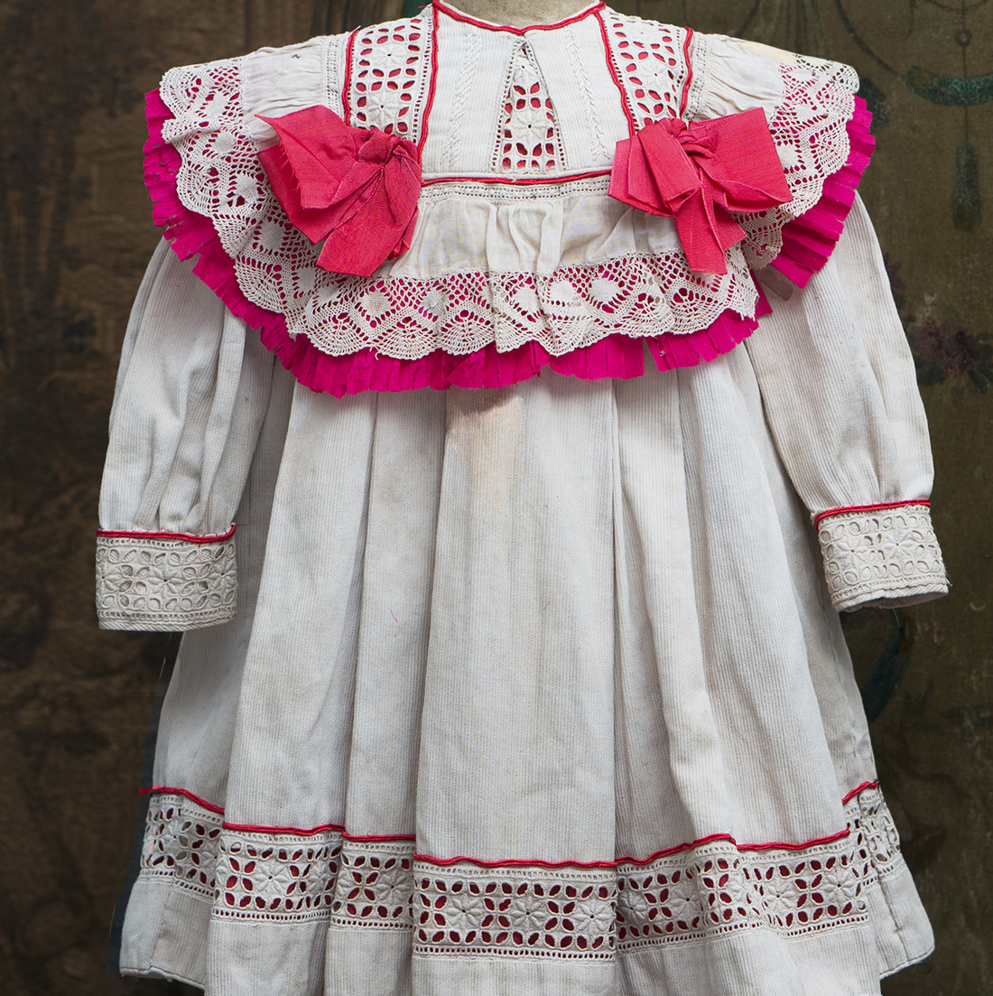 Antique Dress for doll 25