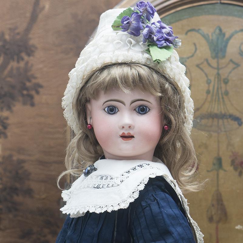 Кукла модель Феникс 62см