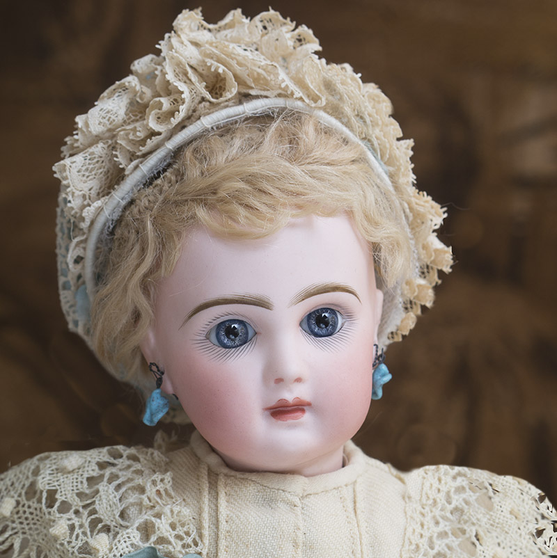33 см Bebe Jumeau в оригинальном платье