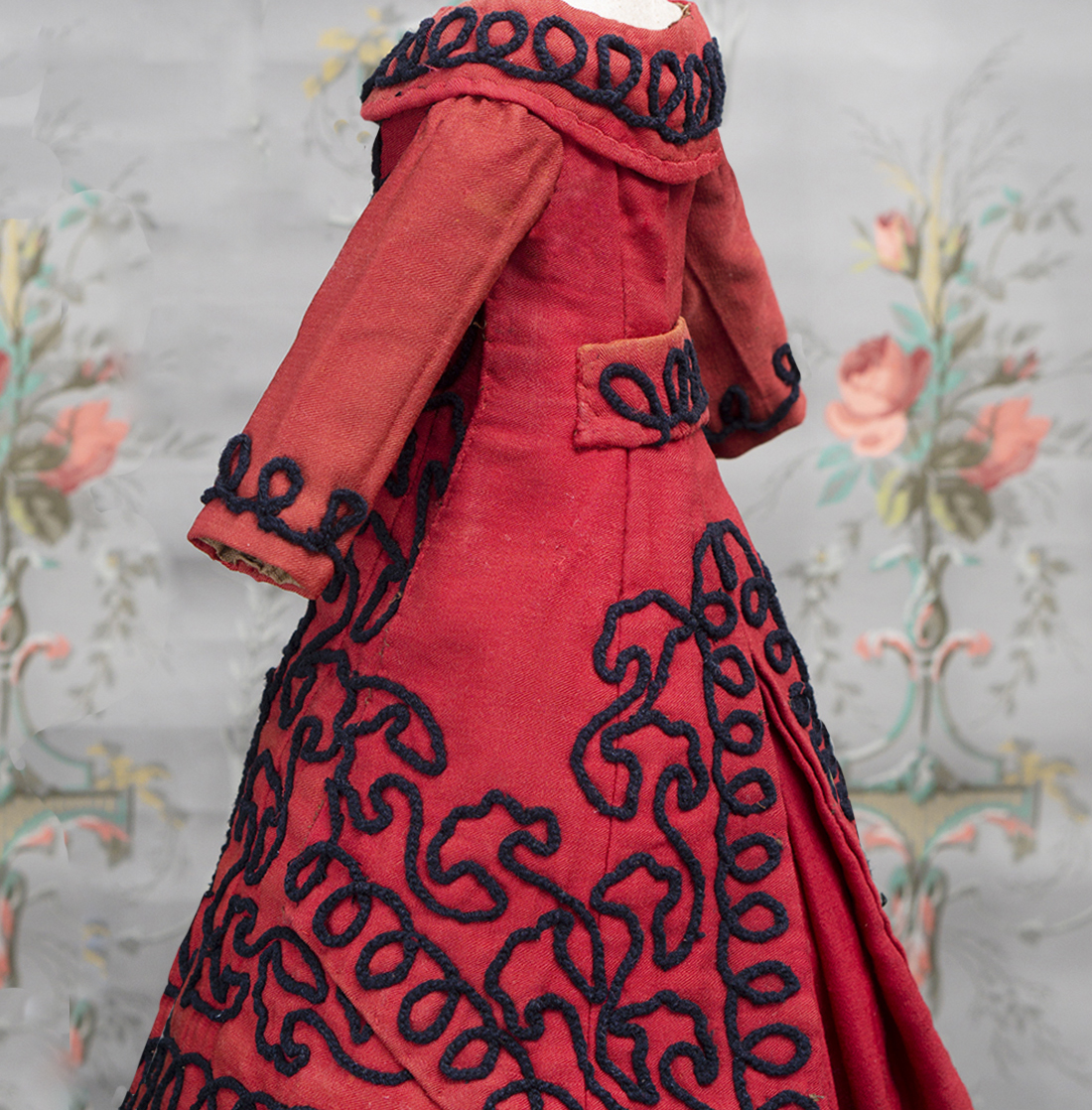 Antique dress for fashion doll