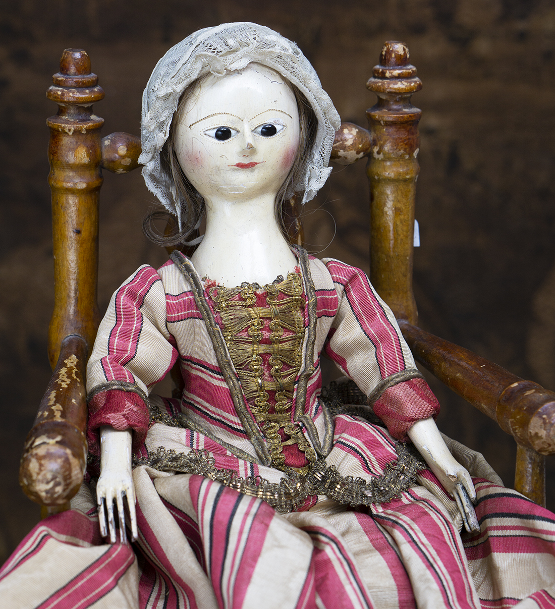 Queen Anne 33 cm