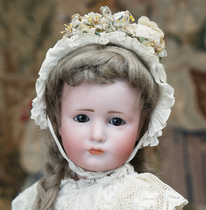 Rare Gretchen K&R doll with glass eyes