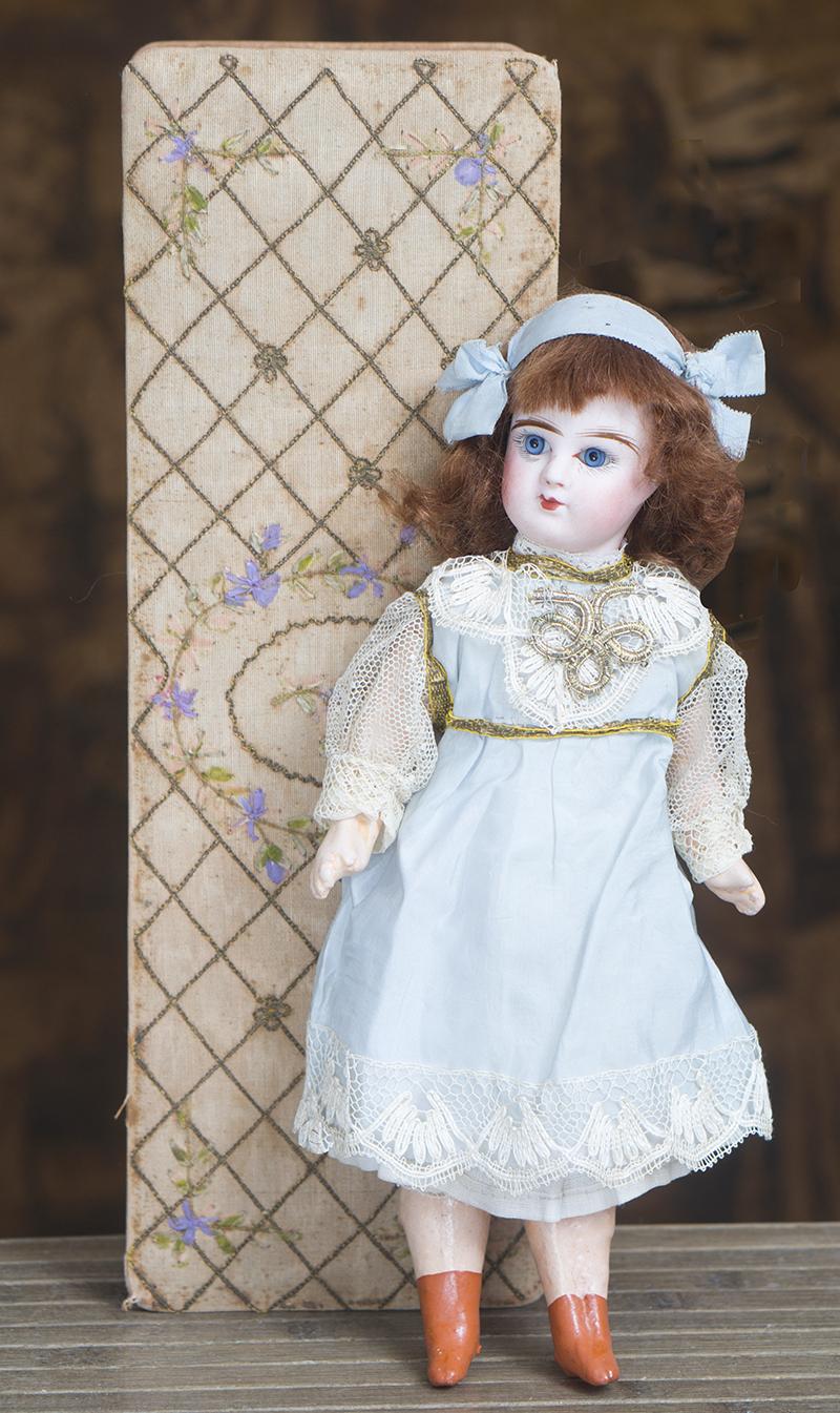 Маленькая куколка фирмы Денамур 27 см в родной коробке