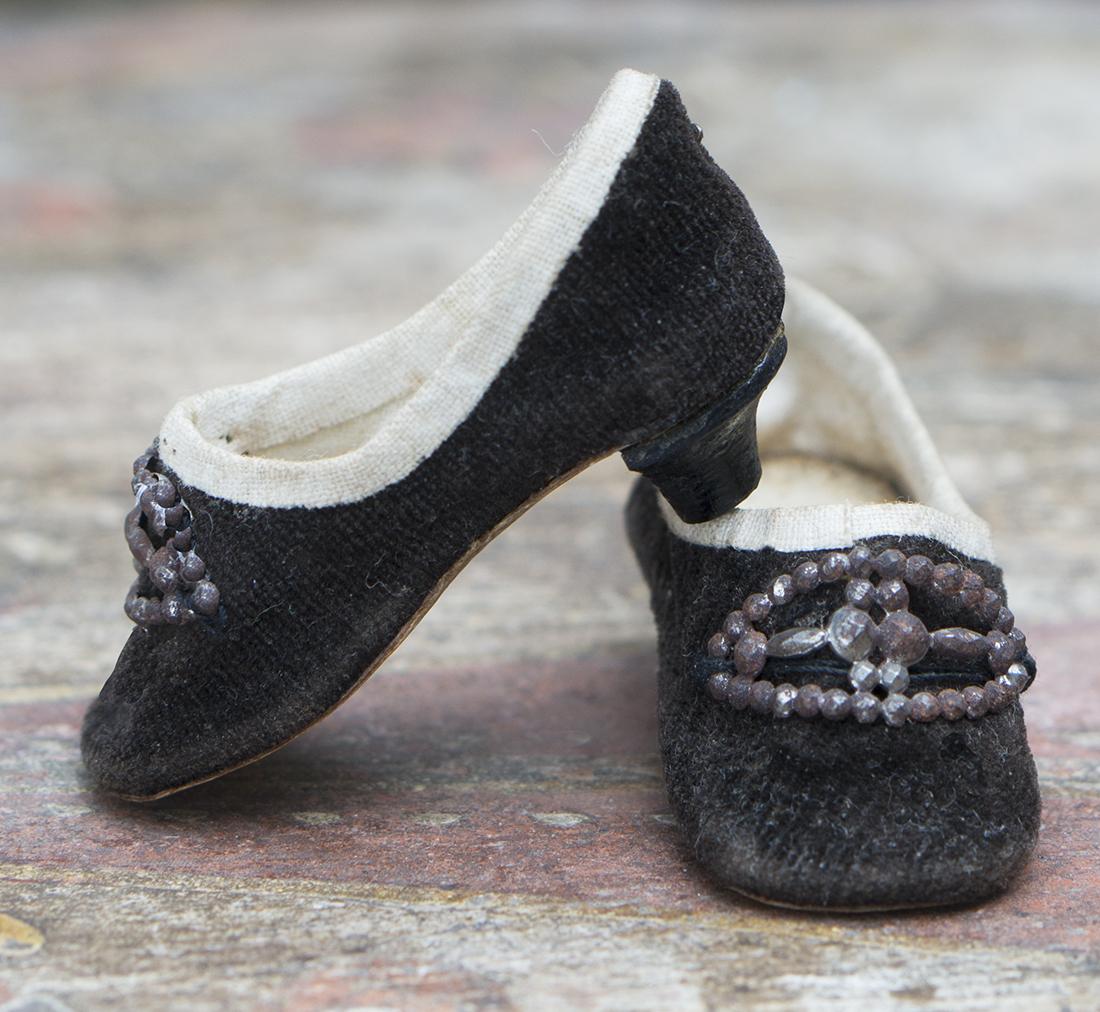 Rare heeled shoes