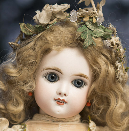 Very  Lovely Rare Smiling EDEN BEBE Doll