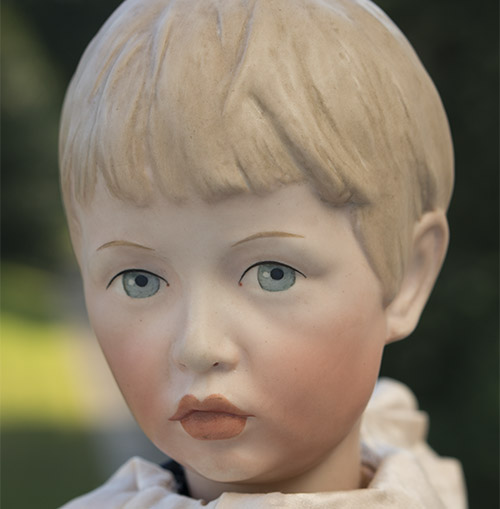 Extremely Rare K&R 102 doll
