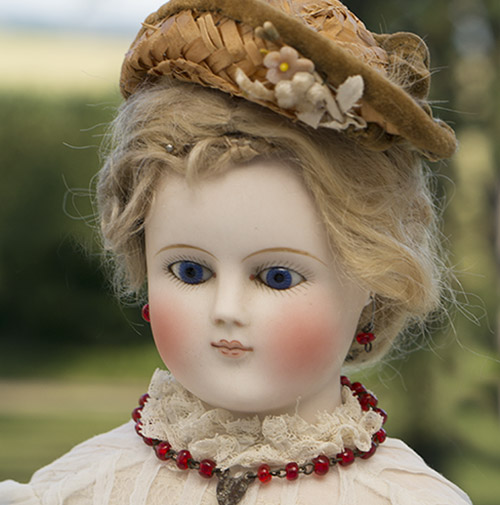 Early German Fashion doll