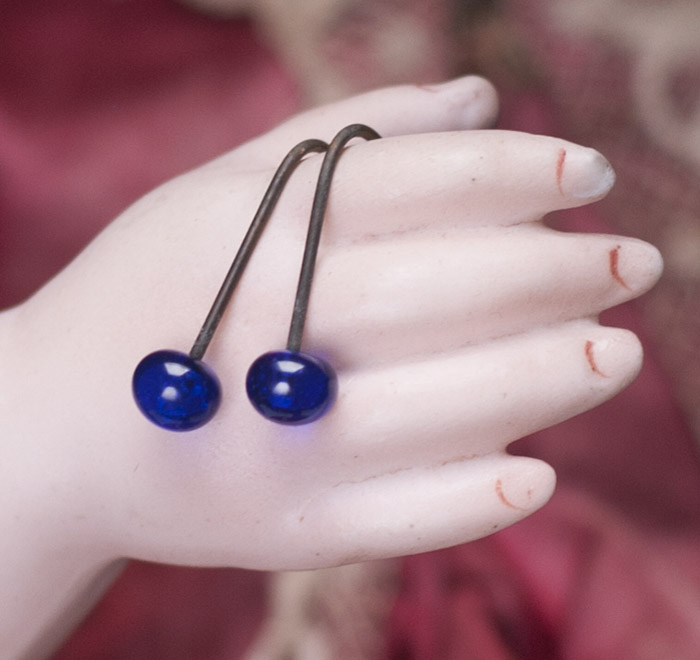 Blue glass small earrings 4