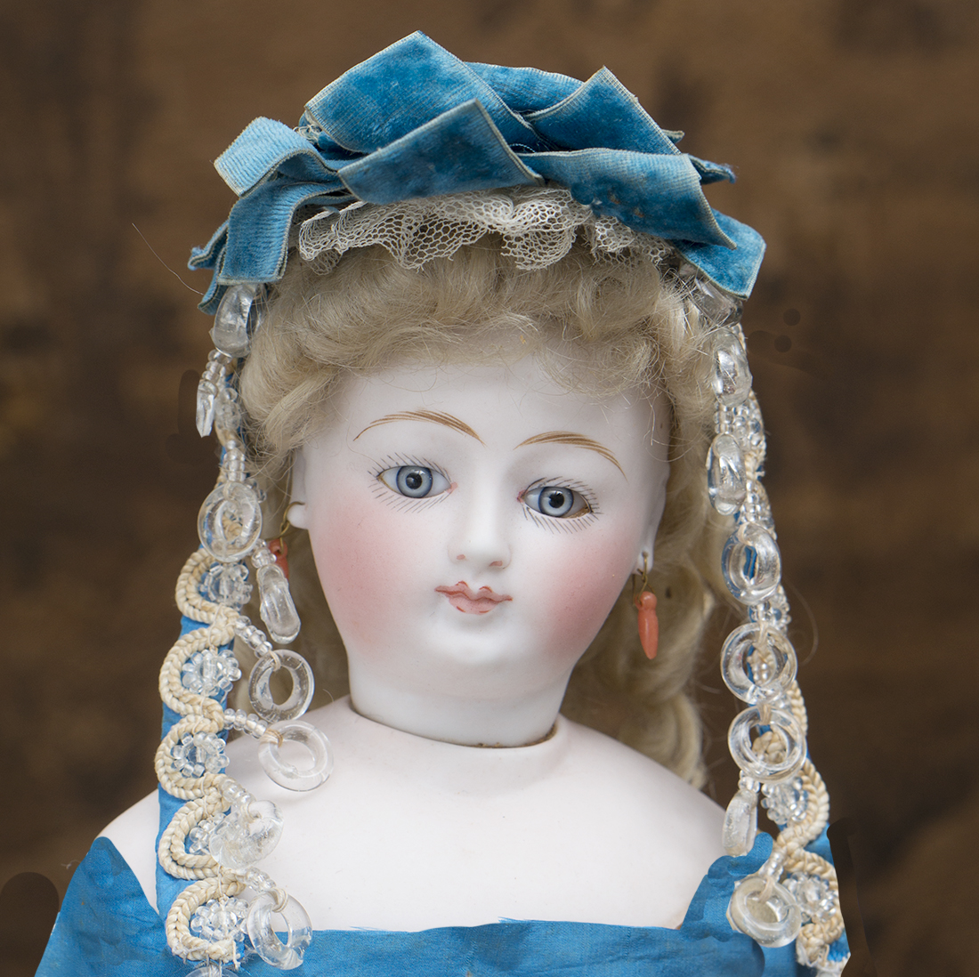 Antique doll hat in box