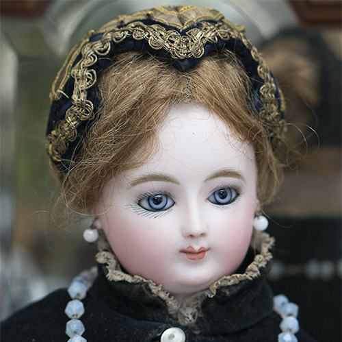 Rare Fashion Doll by DOLEAC