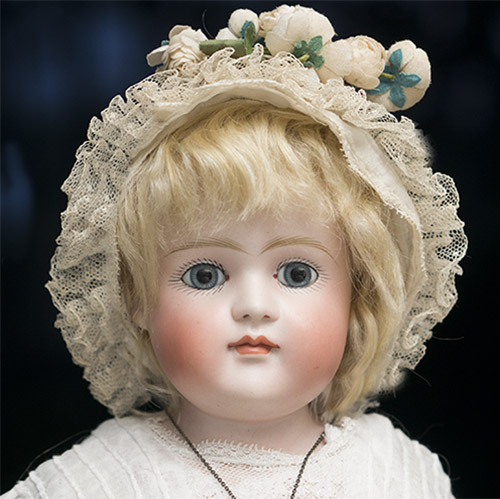 19in Early Kestner doll,closed mouth