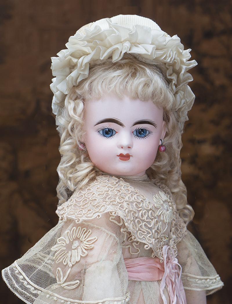 53 см Кукла Готье с закрытым ртом