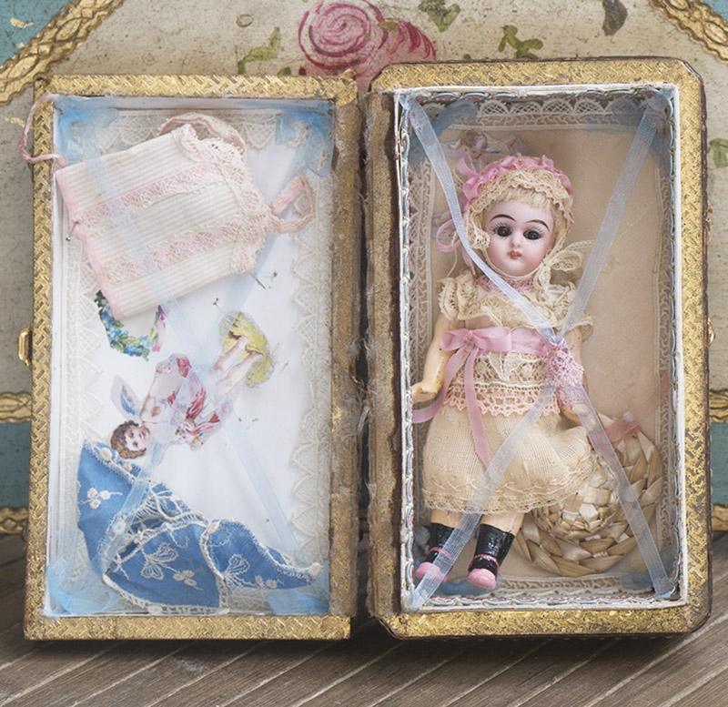 12 см Куколка Mignonette в оригинальной коробке с аксессуарами