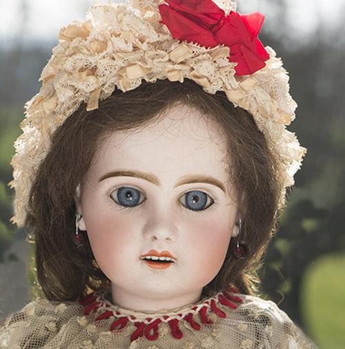 Jumeau  doll 18