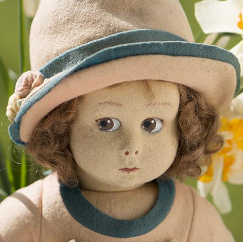 LENCI  felt doll series 111