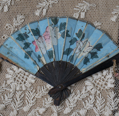 Antique tiny doll fan