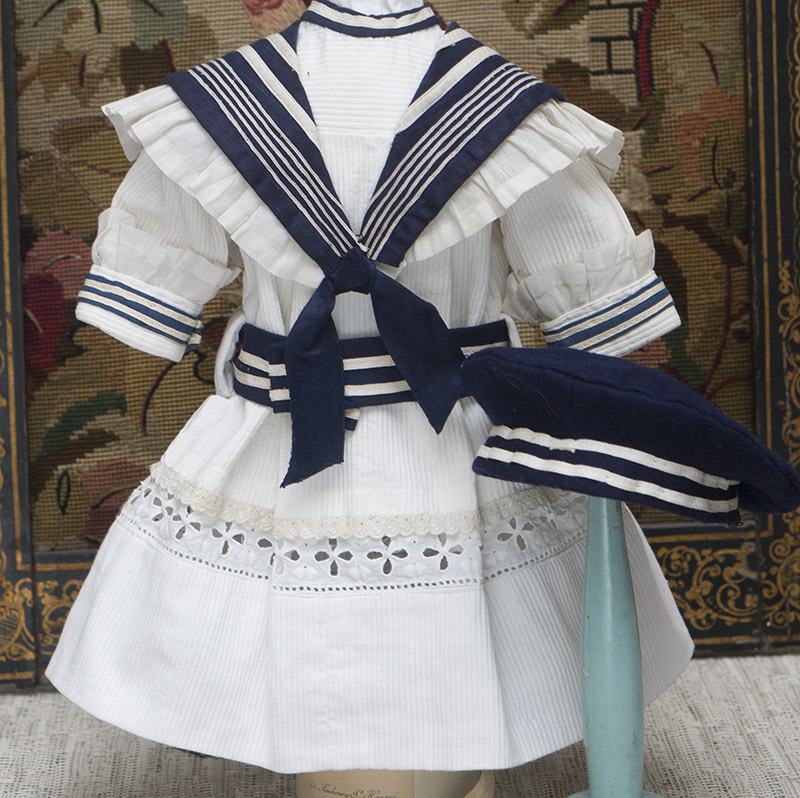 Sailor costume and hat