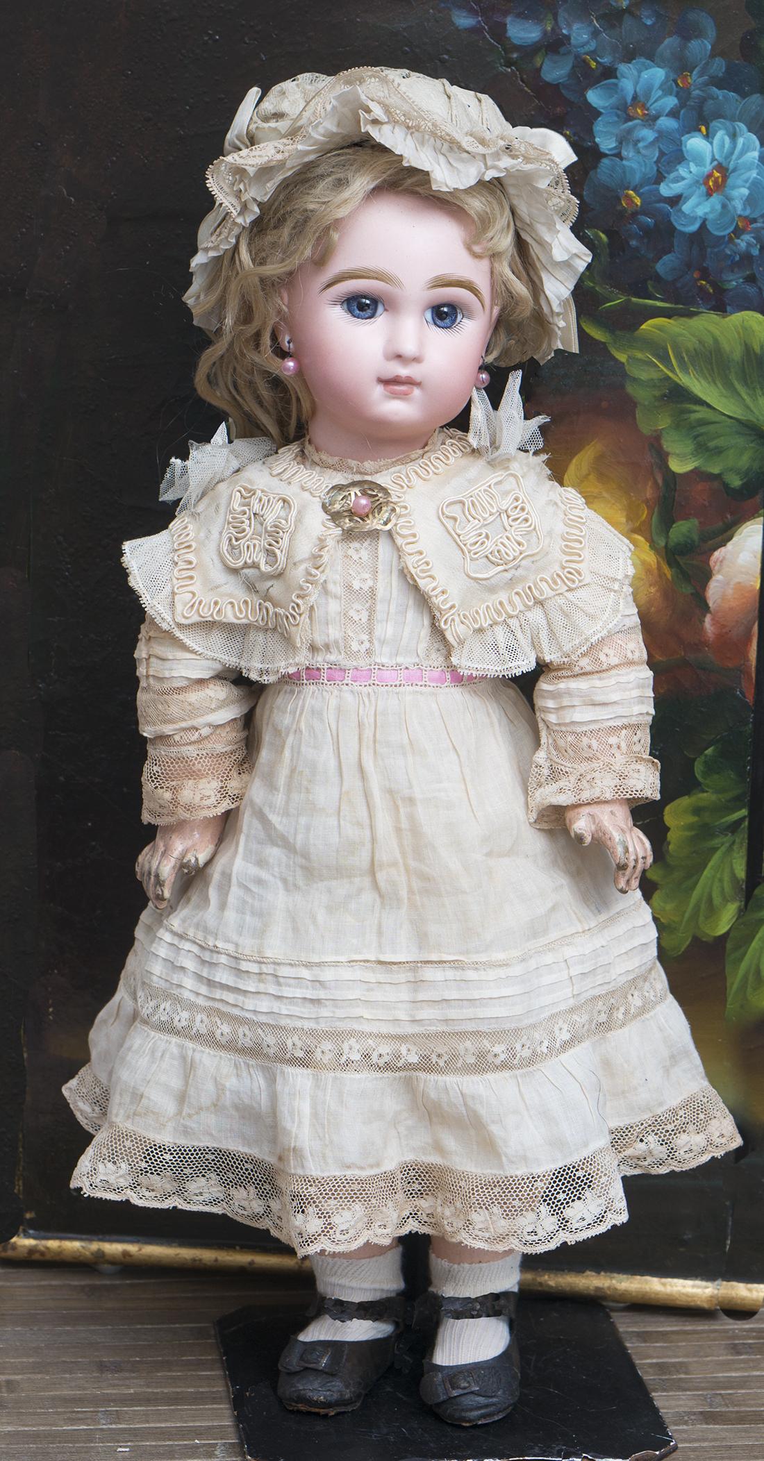18in (46 см) Кукла Jumeau  c закрытым ртом в оригинальном платье