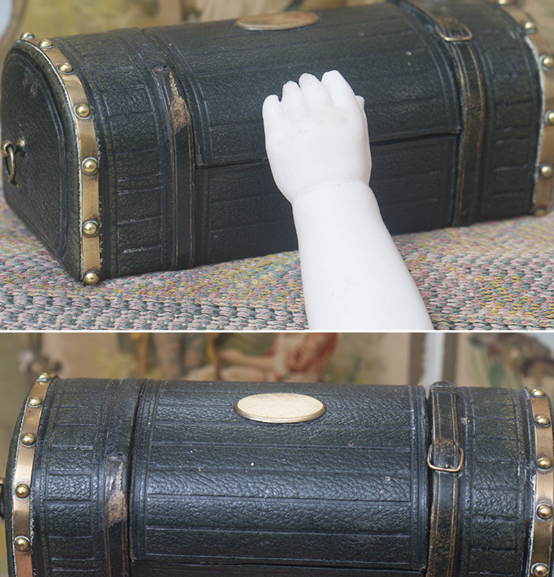 Antique Travel Bag for fashion doll
