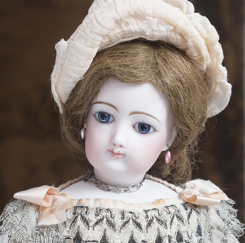 Antique FG fashion doll