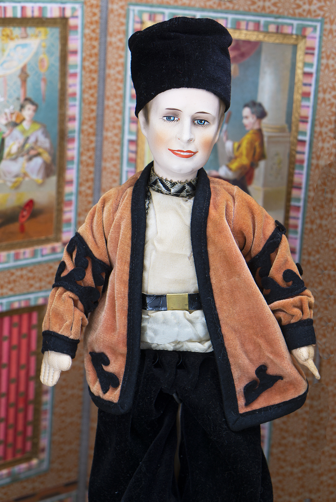 34 см Русская кукла Вацлав Нижинский - Париж, 1920е годы