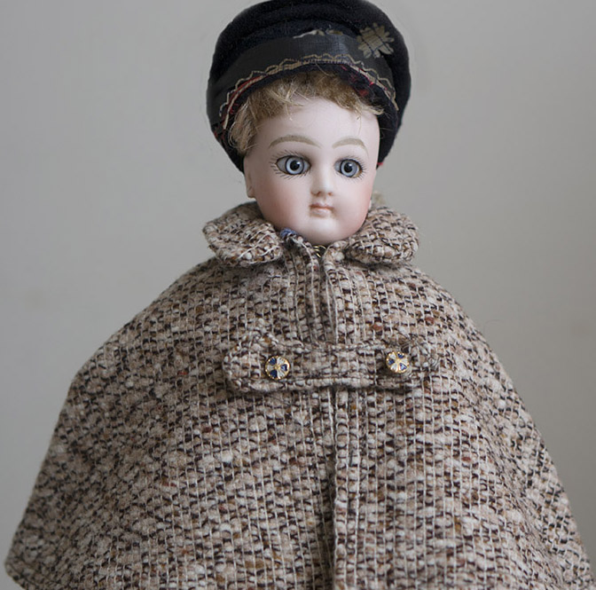 Woolen Cape for Fashion doll