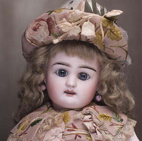 Rabery &Delphieu  Bebe doll