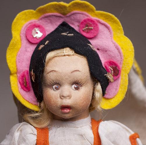 Mascotte Lenci doll Russian costume