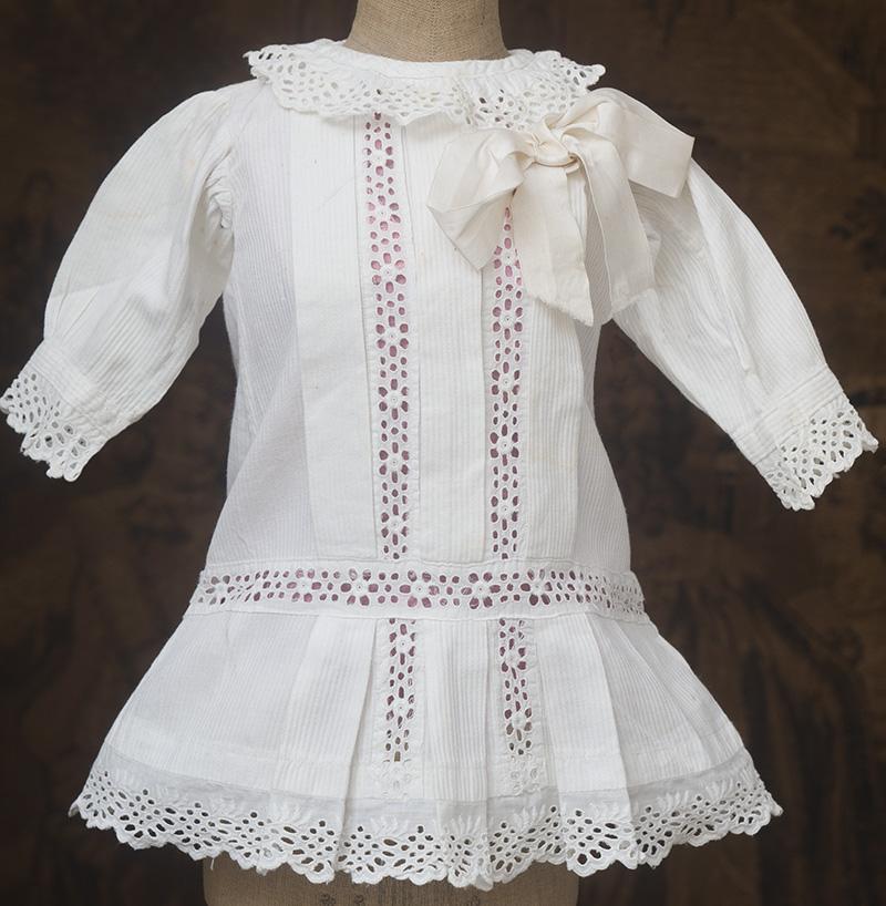 Оригинальное старинное пикейное платье и нижняя рубашка для куклы 52-54см
