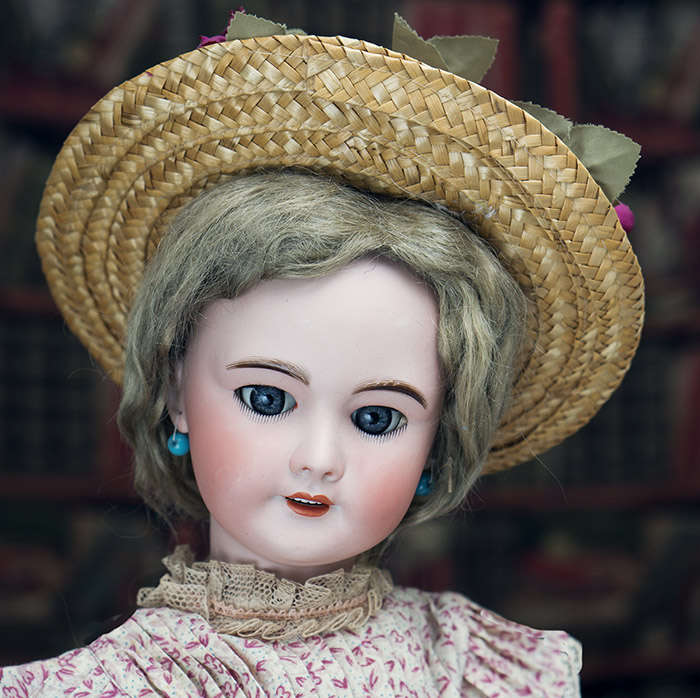 Antique SFBJ doll