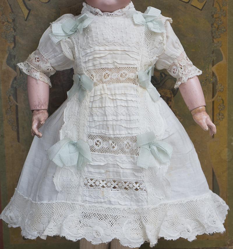 Оригинальное платье для куклы 33-32 см