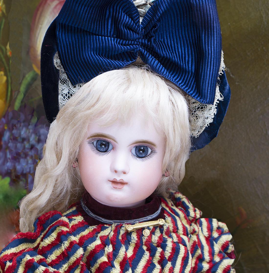 Французская кукла Bebe Mascotte